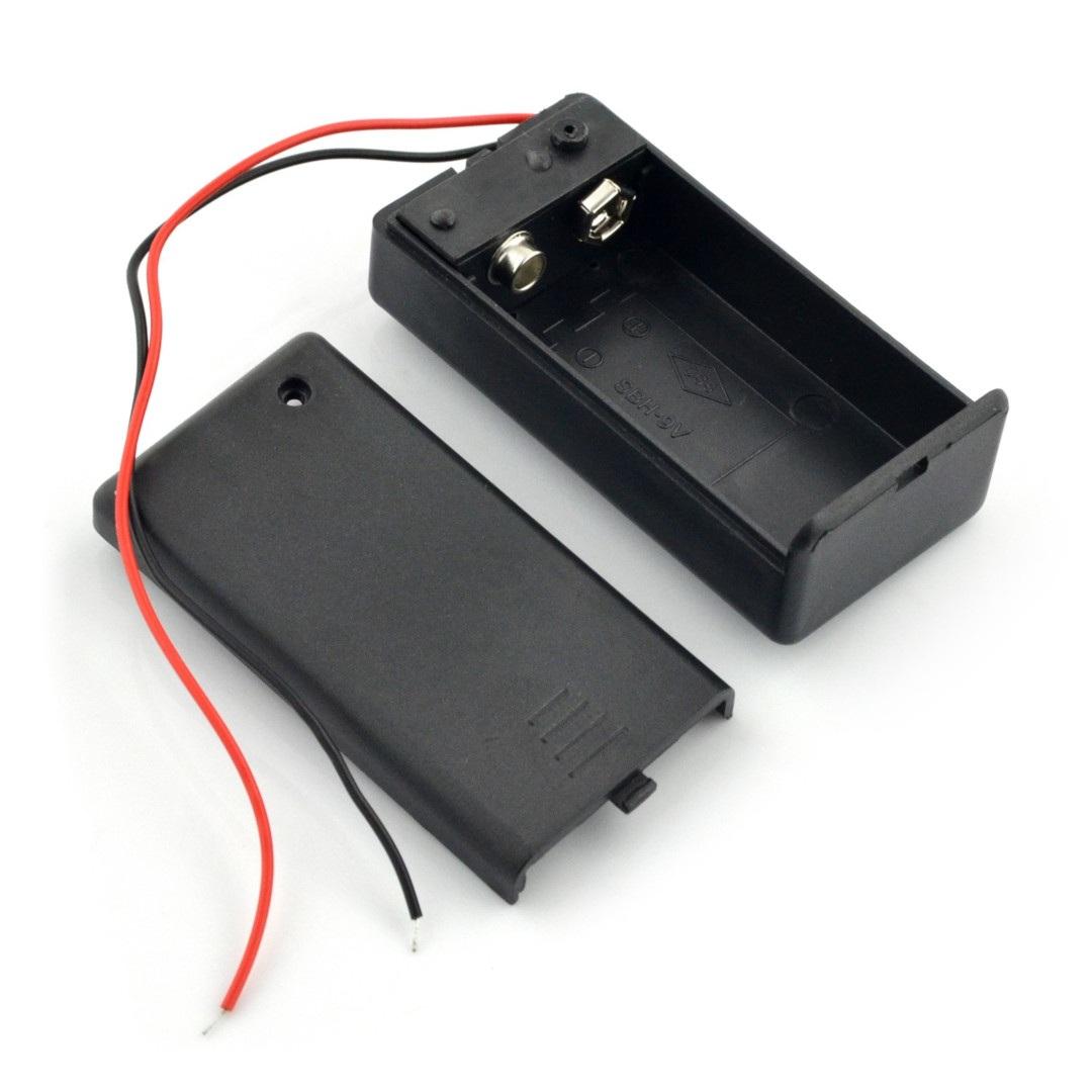 Koszyk na baterię 9 V z pokrywą i włącznikiem