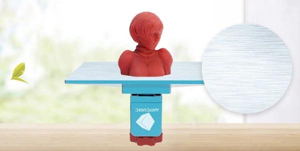 Aluminiowa platforma do drukowania.