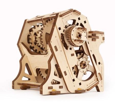 Skrzynia biegów od Ugearsmodel to interaktywny przewodnik po świecie mechaniki.