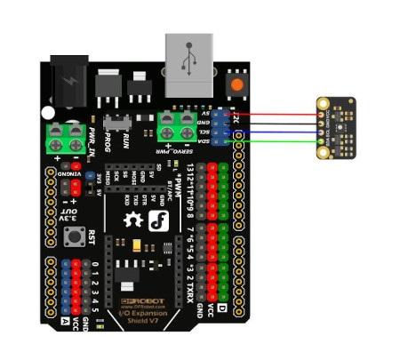 Schemat połączenia czujnika od DFRobot z płytką będącą odpowiednikiem Arduino. Płytka nie jest częścią zestawu, można ją nabyć osobno.
