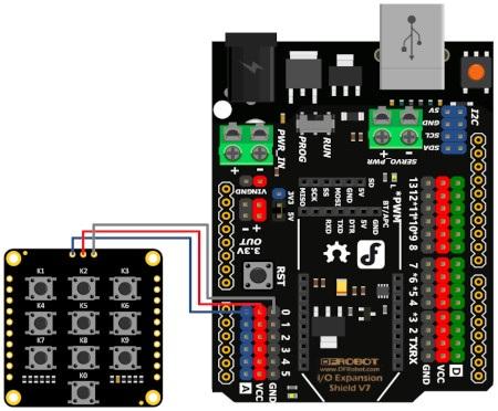 Schemat połączenia matrycy z płytką DFRduino - pochodnej Arduino.
